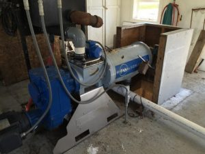 Screw press solid-liquid separator